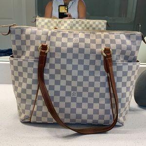 ✅❤️Louis Vuitton Damier Azul shoulder bag